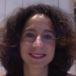 Sylvie Saroéla